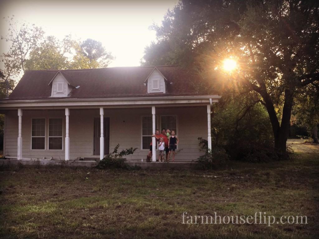 farmhouseflip with kids