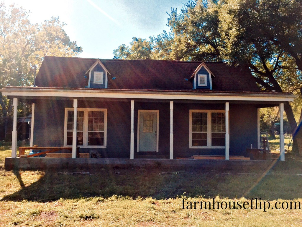 the new color farmhouse flip