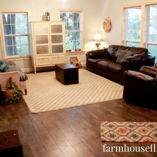farmhouse flip living room